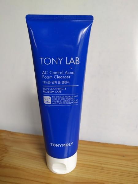 Sữa rửa mặt cho da dầu, da dầu mụn TonyMoly Tony Lab AC Control Acne Foam Cleanser