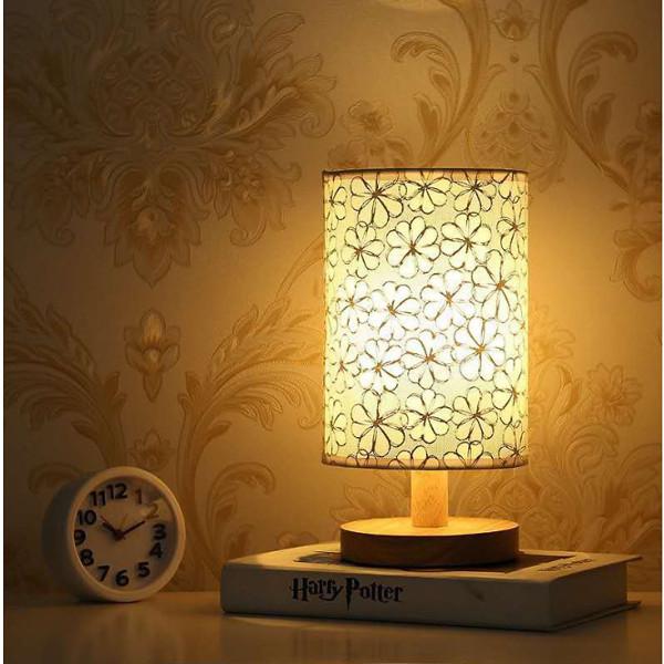 Bảng giá Đèn Bàn Sáng Tạo Đầu Giường Phòng Ngủ Bàn Đơn Giản- Hiện Đại- Cá Tính Đèn LED Ban Đêm Tiết Kiệm Năng Lượng