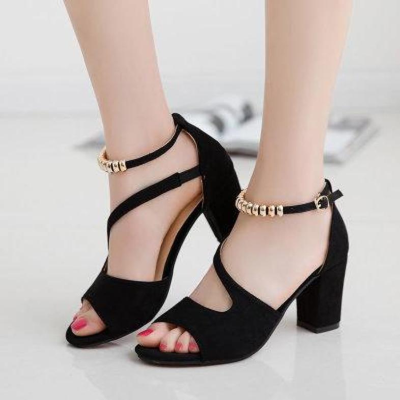 Giày cao gót vuông quai chéo hỡ mũi vòng cổ hột vuông chất liệu da lộn cao cấp thiết kế sang trọng đẹp mắt giá rẻ