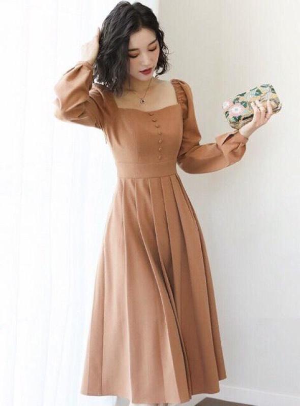 Nơi bán Đầm Dự Tiệc Dài Tay Cổ Vuông  Váy Sang Trọng Thời Trang Borra [ Màu Bò]