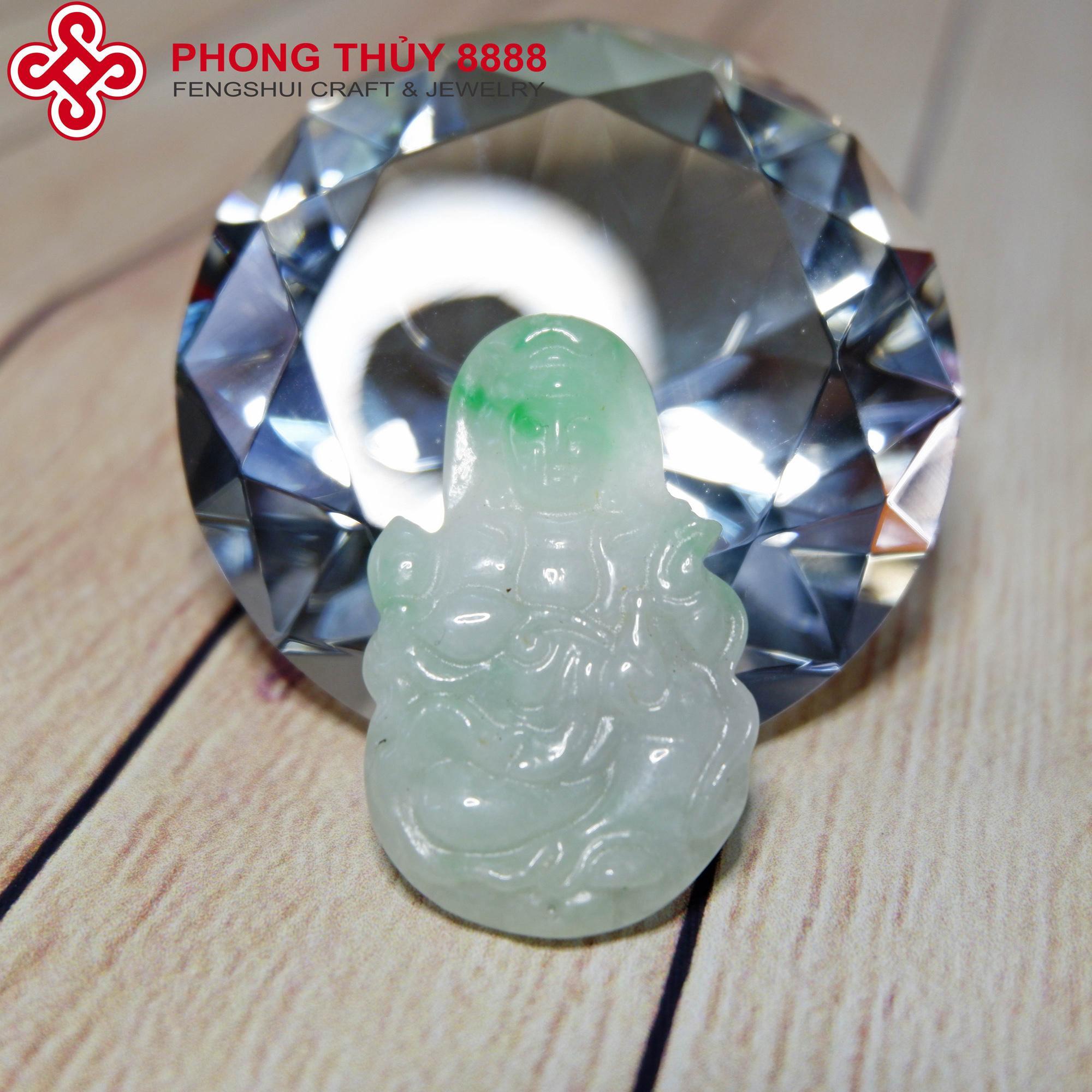 Mặt dây Phật bà Quan Âm ngọc phỉ thúy tự nhiên- 8888