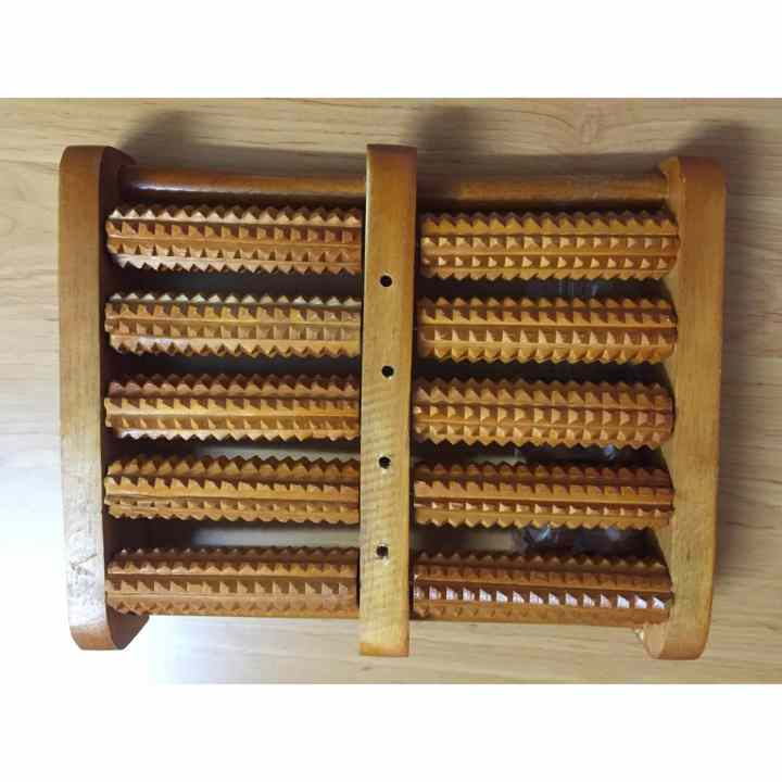 Bàn lăn chân gỗ Massage 5 hàng Y Tế
