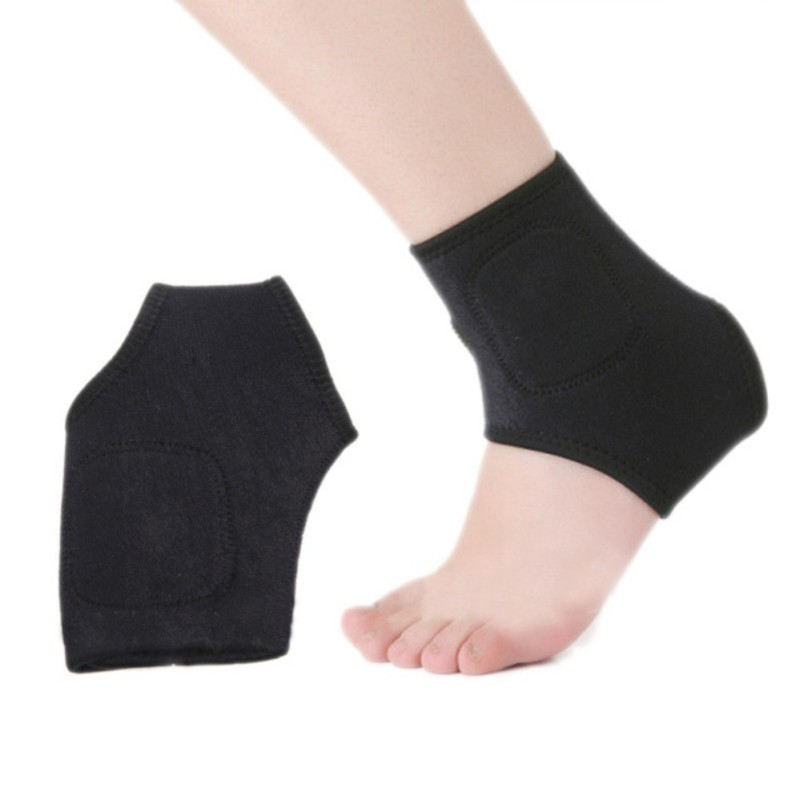 Băng cổ chân trong luyện tập và chấn thương