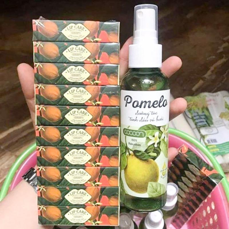 Bộ 1 chai xịt bưởi Pomelo và 10 thỏi son dưỡng môi Lip Care nhập khẩu