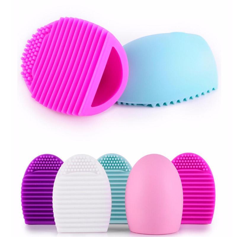 Dụng cụ vệ sinh cọ quả trứng Brushegg Cosmetic Brush Cleaning Tool (Black)