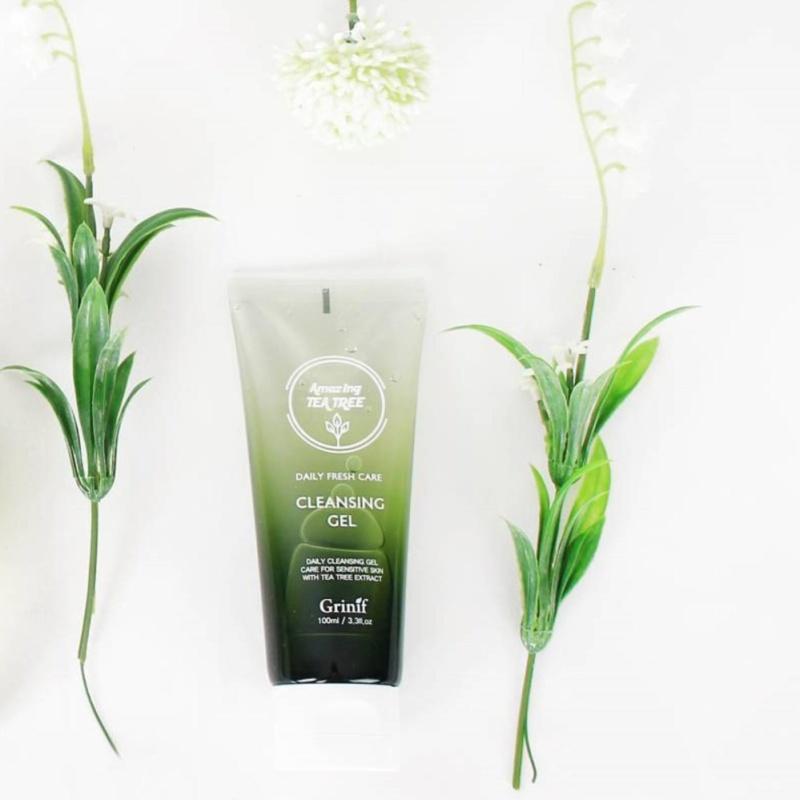 Gel rửa mặt tràm trà cho da dầu mụn và nhạy cảm Grinif Tea Tree Cleansing Gel 100ml nhập khẩu