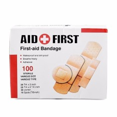Hộp 100 miếng băng dính cá nhân che vết thương 4 kích thước First-Aid chính hãng