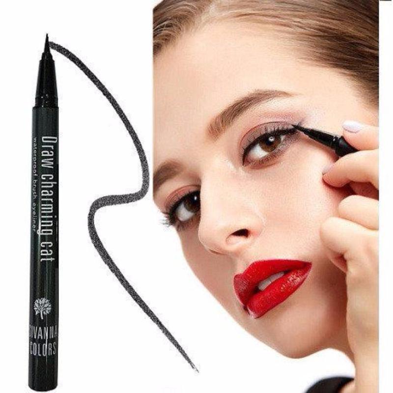 Kẻ bút lông nét siêu nhuyễn Sivanna Draw Charming Waterproof Brush Eyeliner