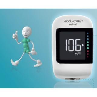 Máy đo đường huyết Accu-Chek Instant thumbnail