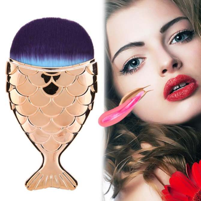 Mermaid Fish Shape Makeup Powder Foundation Blush Contour Brush (Gold) -
