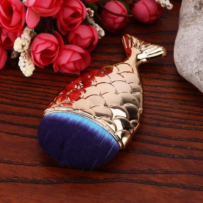 Mermaid Fish Shape Makeup Powder Foundation Blush Contour Brush (Gold) - intl