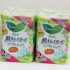 Set 2 gói băng vệ sinh ngày Laurier có cánh (22 miếng/gói)- Hàng Nhật nội địa