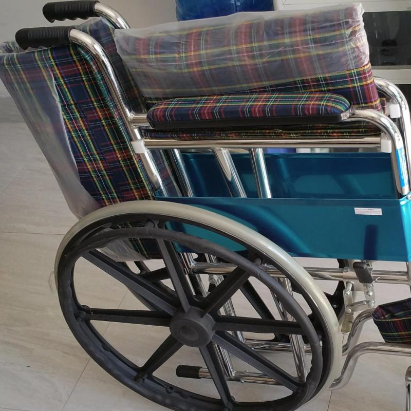 Xe lăn tiêu chuẩn bánh mâm OneX-xe lăng- tốt- bền-rẻ-an toàn-cho người già-người bị chấn thương chân nhập khẩu