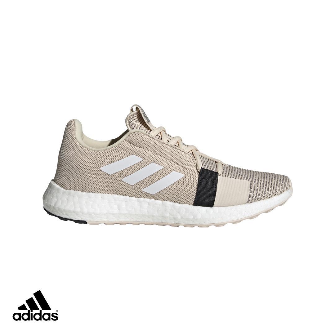 adidas Giày thể thao chạy bộ nữ SenseBOOST GO w G26948