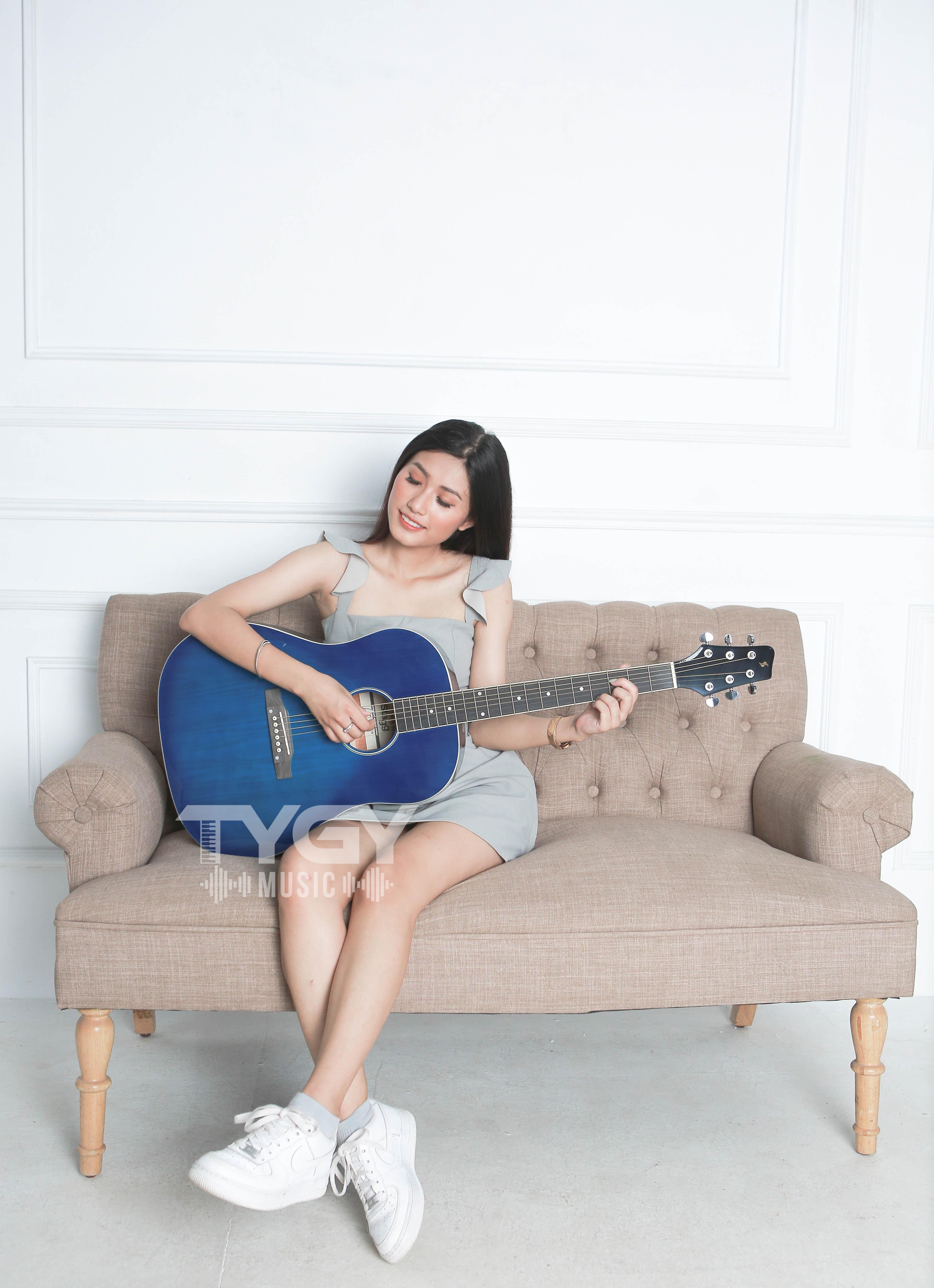 Đàn Guitar Acoustic Stagg SA35 DS-TB Tặng Bao Da, Capo, Pic, Ty Chỉnh Cần Đang Ưu Đãi