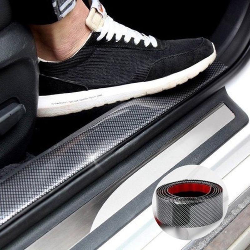 Miếng dán chống xước mạ cacbon cao cấp - Nẹp cacbon dán chống xước nhiều vị trí trên ô tô