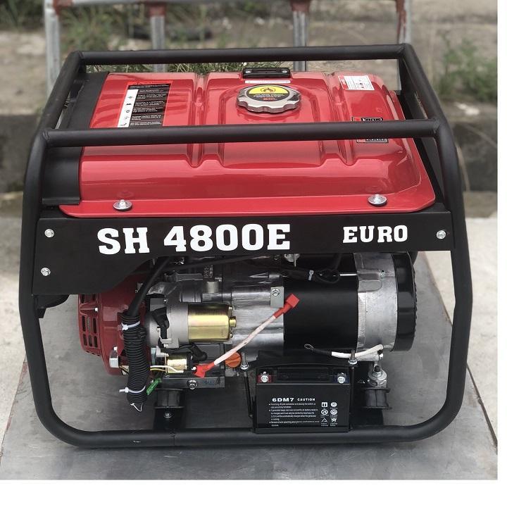 Máy phát điện SH 4800E chạy xăng 3,8kw - SH 4800E.