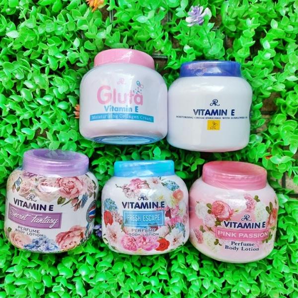 Kem Aron Vitamin E hương nước hoa dưỡng da cấp ẩm chống nứt nẻ Thái lan 200g - HKB368 giá rẻ
