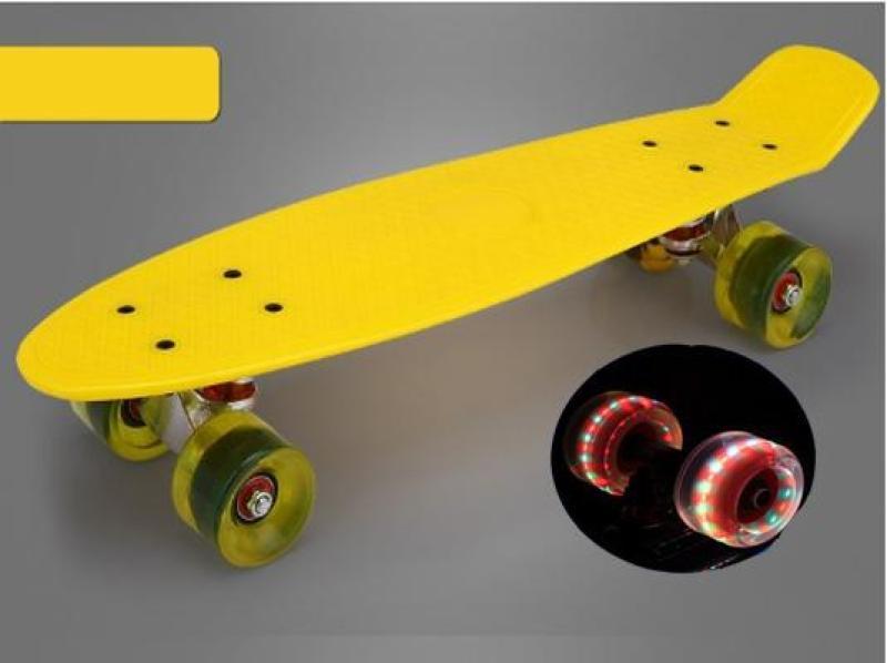 Ván trượt Skateboard thép nguyên khối Bánh 3 lớp có đèn led - Ván trượt thể thao gg24 chịu lực 100kg /Ván trượt thể thao, Ván trượt Skateboard thép nguyên khối Bánh 3 lớp TRƯỢT CỰC ÊM, KUA CỰC ĐÃ