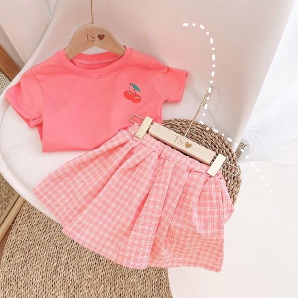 Giá bán 💥Set áo phông hồng mix chân váy kẻ cho bé gái 12-19kg
