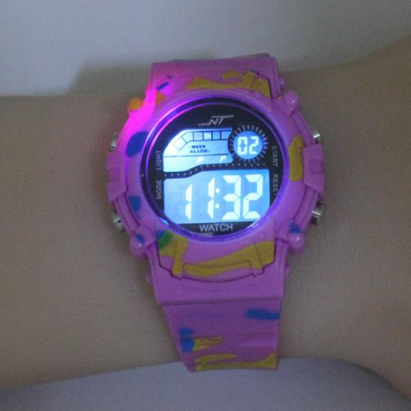 Nơi bán Đồng hồ điện tử NT - 59M , chống nước 3atm