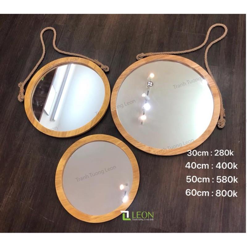 Gương tròn khung gỗ, dây treo