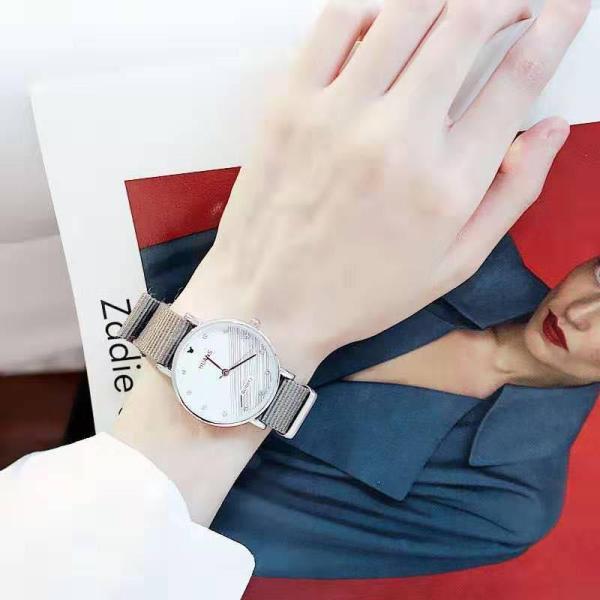 Nơi bán Đồng hồ nữ dây vải candycat thời trang-Mẫu mới Siêu đẹp