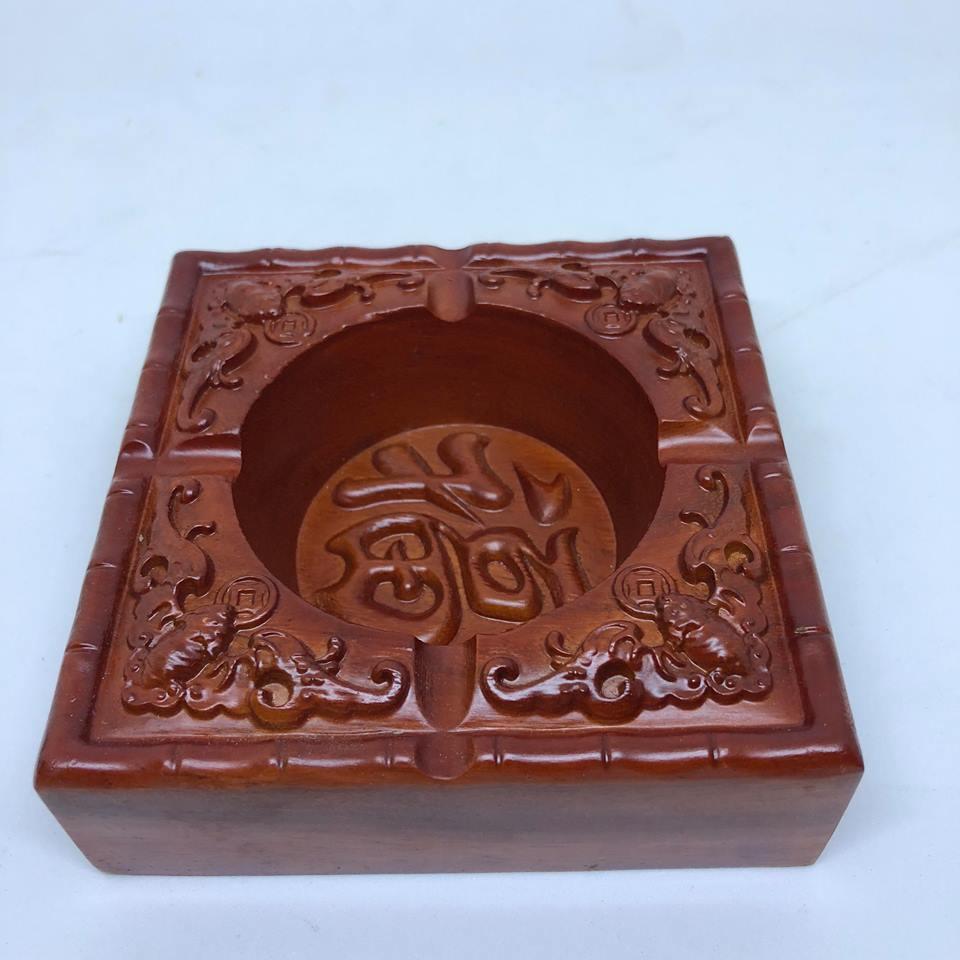 Hộp Gạt tàn nguyên khối bằng gỗ Hương cao cấp