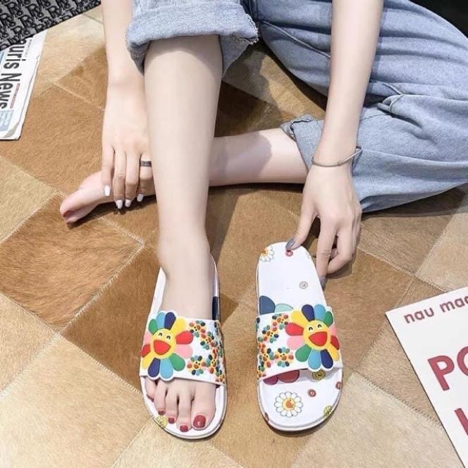 giày dép họa tiết hoa mặt trời giá rẻ