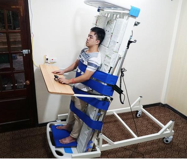 Giường điện y tế đa năng kèm tính năng tập đứng với 13 tính năng cao cấp