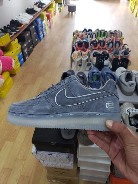 Giày sneakers nam nike AF1 RC (màu xám, màu nâu bò) da lộn đế hơi đàn hồi cực chất. Giày nike xxv, Giày