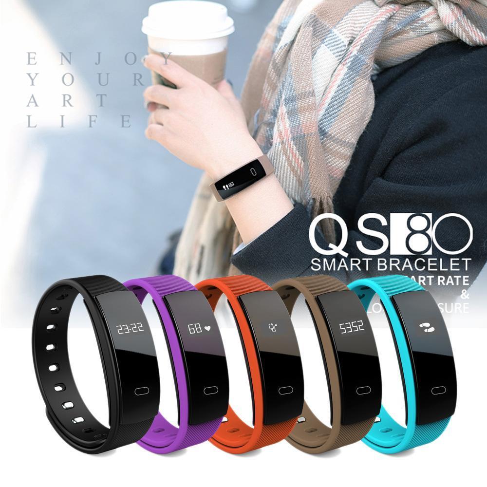 Đồng hồ đeo tay thể thao thông minh, Đồng hồ thông minh Smart Watch, Đồng Hồ Đo Sức Khỏe QS80 Smart Band cao cấp,Chống Nước Tốt, Có Thể Theo Dõi Sức Khỏe, Đo Nhịp Tim, Xem Giờ, số Bước Chân, BH 1 ĐỔI 1