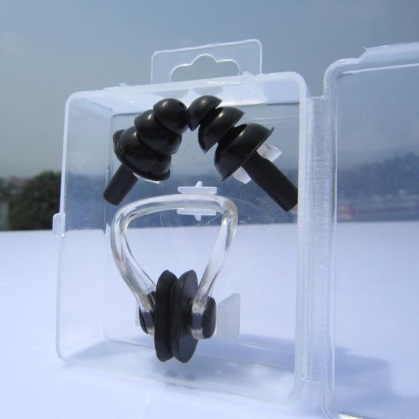 Bịt tai và kẹp mũi silicone chống nước khi bơi
