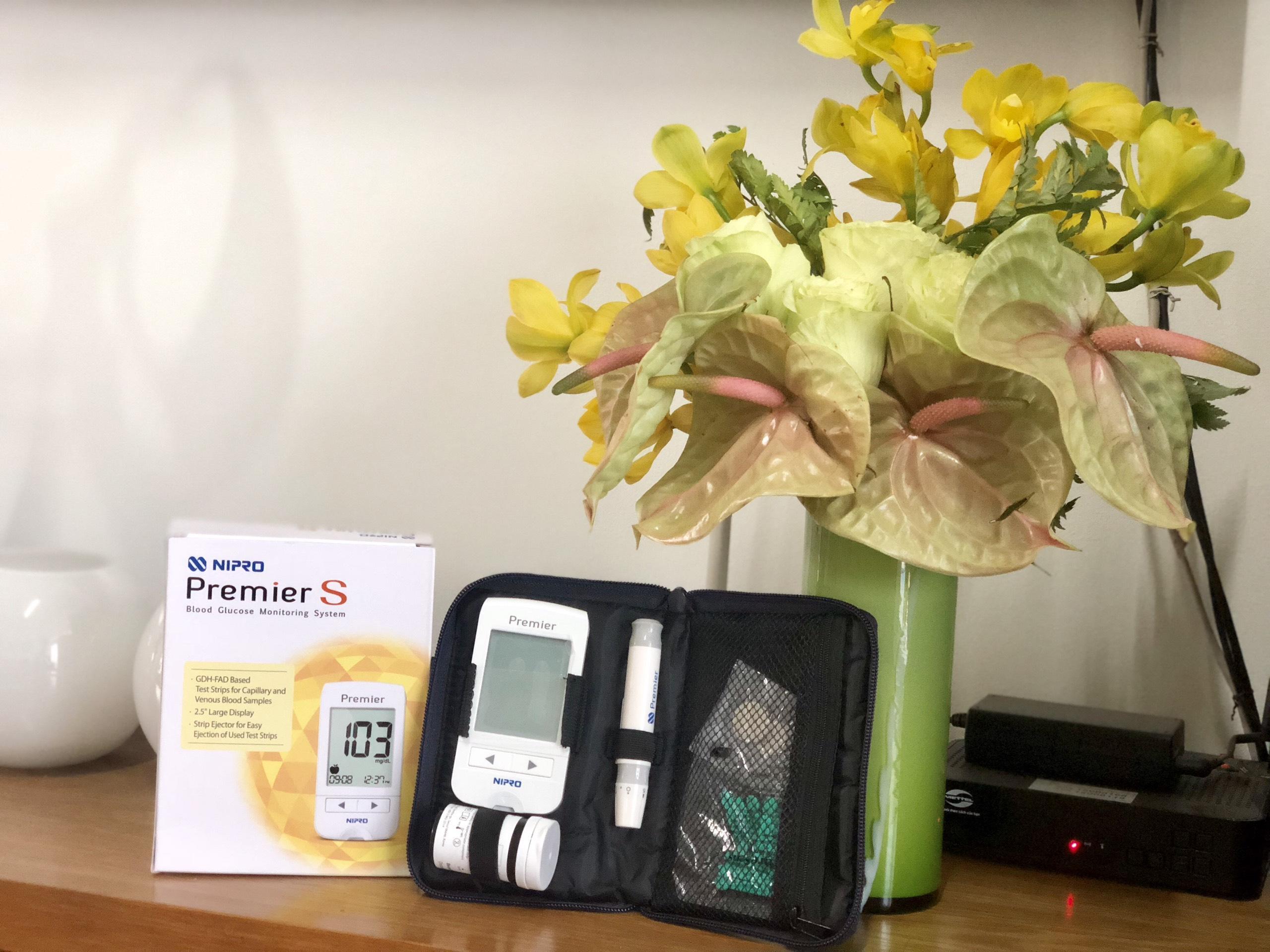 Máy đo đường huyết Nipro Premier S chính hãng công nghệ nhật Bản bán chạy