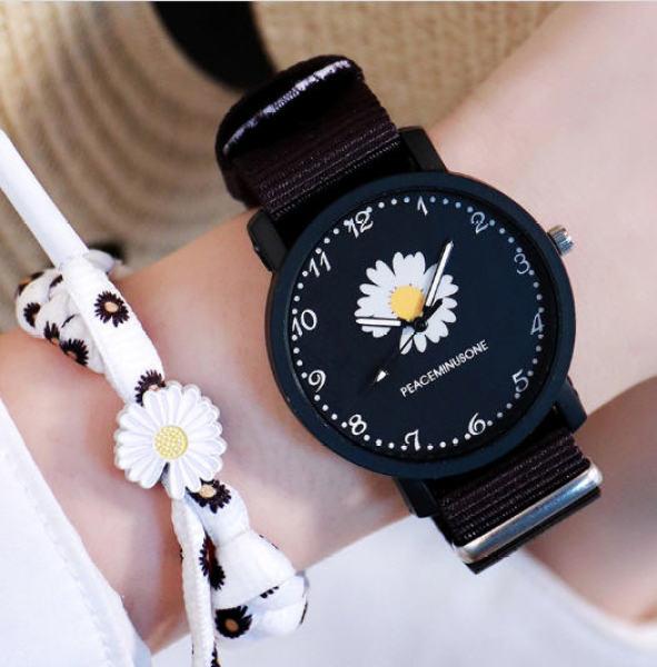 Nơi bán đồng hồ nữ dây vải hình hoa cúc trắng thời trang siêu hot