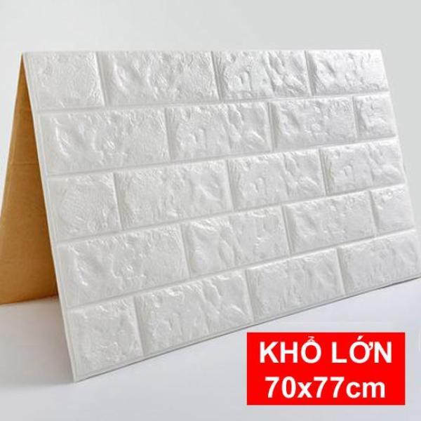 35 Tấm xốp dán tường giả gạch 70x77cm. Chất liệu thân thiện môi trường, góc cạnh của xốp mềm mại hơn, an toàn cho trẻ em khi được bảo vệ bằng miếng ốp tường.