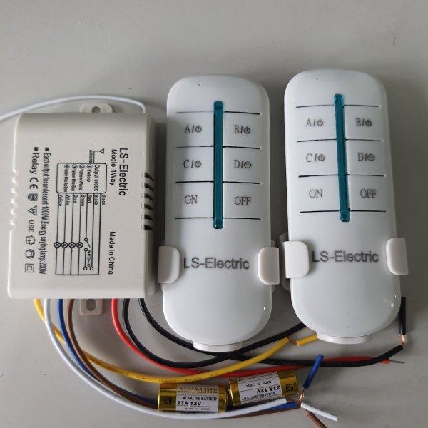 [MẪU ĐẶC BIỆT] Công tắc điều khiển từ xa 4 kênh LS-Electric, sóng RF 315, khoảng cách 30m xuyên tường.chịu tải 1000w, 2 tay điều khiển