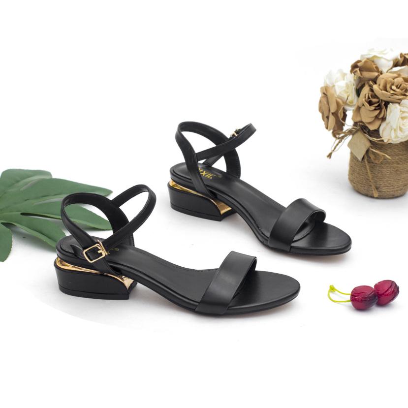 Sandal 3cm Quai Ngang Gót Viền Kim Loại Pixie X429 giá rẻ