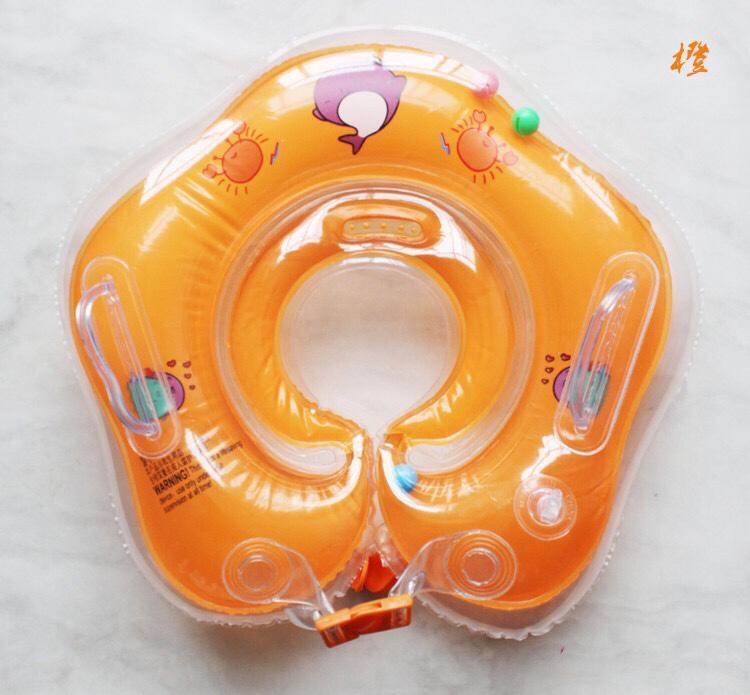 phao đỡ cổ tập bơi cho bé có tay vịn Nhật Bản