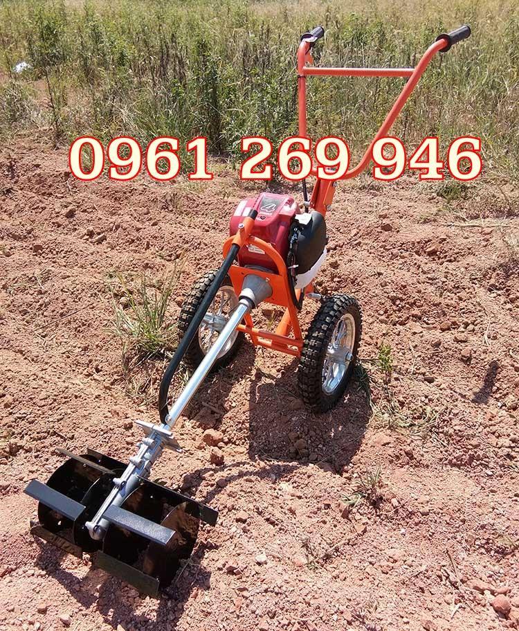 Máy làm vườn mini đa năng, máy xạc cỏ, xới đất, cắt cỏ đẩy tay Okasu GX35