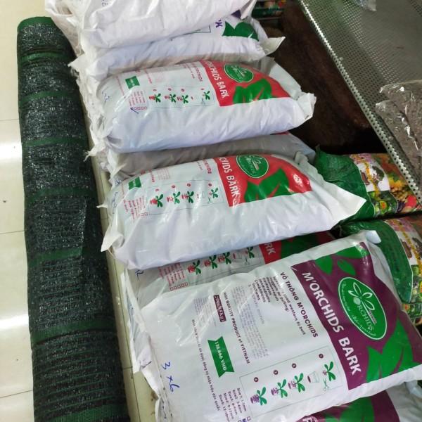 vỏ thông cao cấp đã qua xử lý morchirds bark (1 bao 5kg)