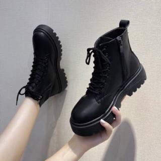 Giày nữ, Boost uzzulang  nữ đọn đế 3cm, Chất liệu da tổng hợp đi cực êm chân, Phong cách cá tính thời trang giới trẻ