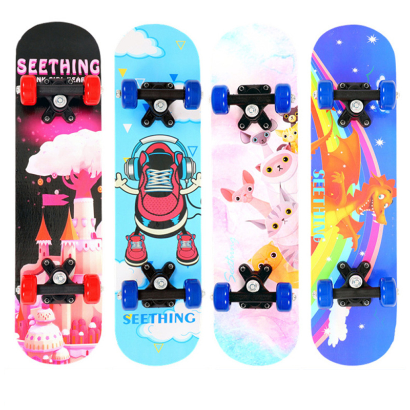 Mua Ván trượt trẻ em Skateboard cao cấp làm từ gỗ ép 8 lớp, bánh xe PU chất lượng cao, in hình đang yêu giành cho bé