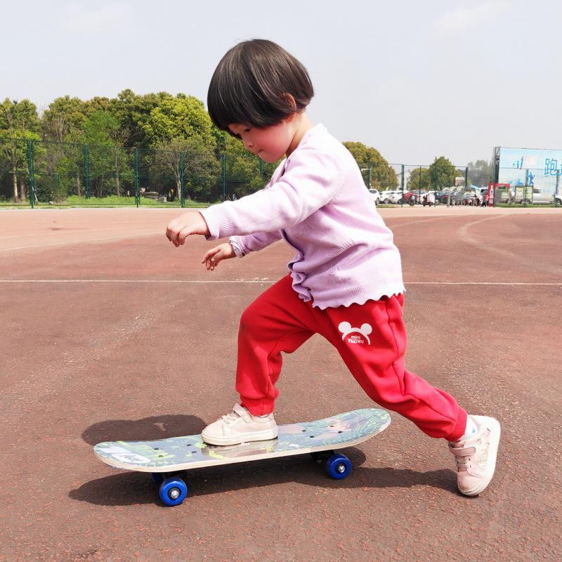 Giá bán Ván trượt trẻ em YOYO999, Món quà đặc biệt giành tặng bé từ 2-12 tuổi
