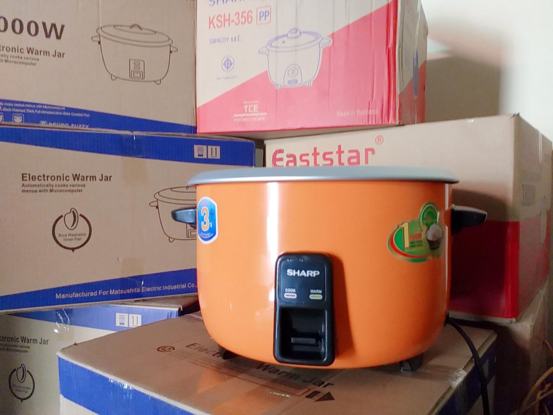 Nồi cơm điện sharp 5.6l cơm - 18l nước - hàng thailand