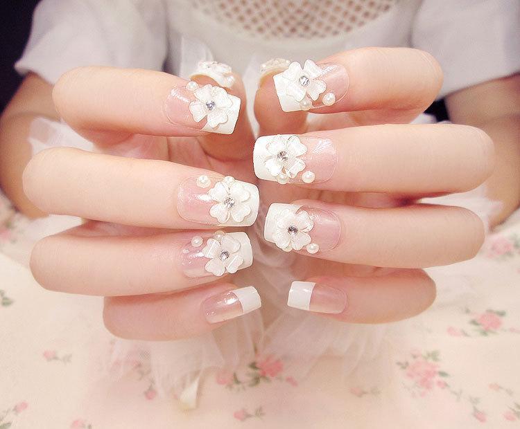 Bộ 24 móng tay giả đính hoa trắng đep (kèm keo+dũa) tốt nhất