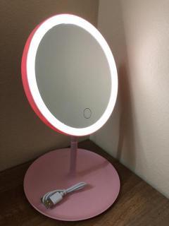 Gương soi trang điểm 3 trong 1 cao cấp để bàn, mang đi khi du lịch có gắn đèn led cao cấp, Gương tròn trang điểm gắn đèn led xung quanh dùng sạc điện vô cùng tiết kiệm và an toàn, giúp trang điểm trong mọi hoàn cảnh, ở bất kỳ đâu thumbnail