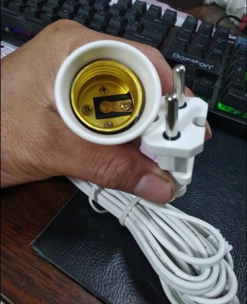 Đui đèn liền dây phích cắm Kasaki 5m