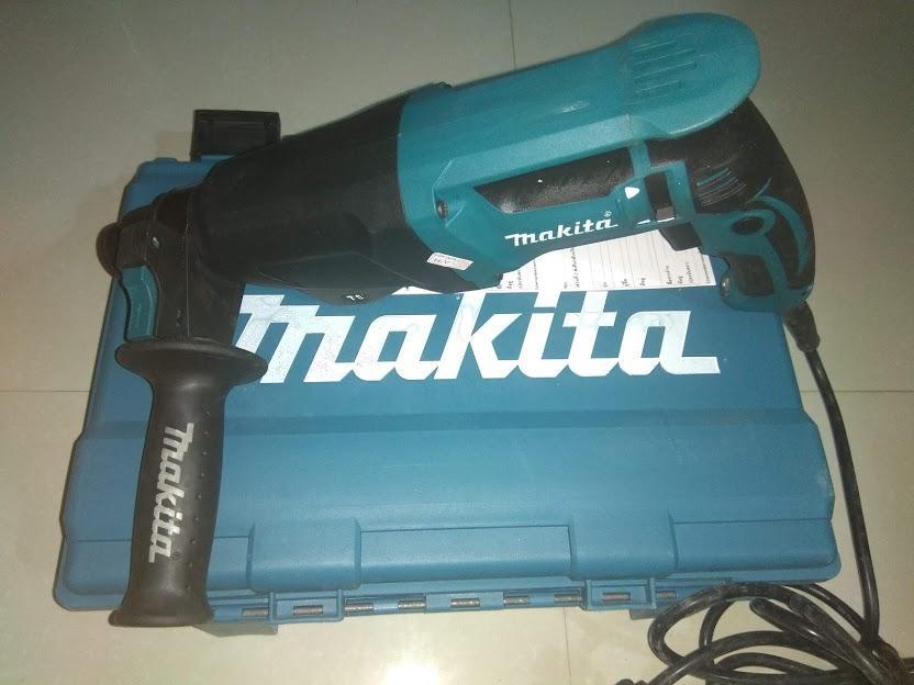 Máy khoan bê tông Makita HR2610 Madein TháiLan,  1000W đủ 3 chức năng khoan sắt, gỗ, khoan bê tông và đục bê tông.