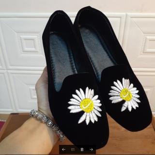 Giày lười thêu hoa cúc họa mi HOT TREND V237 (ảnh thật) thumbnail